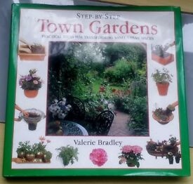 STEP BY STEP TOWN GARDEN BOOK