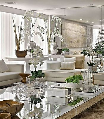 Inspiration for homes using mirrored furniture