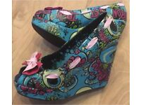 IRON FIST OH NO WEDGE SHOES - SIZE 5 - ROCKABILLY - £8 ONO