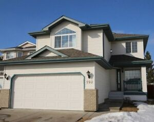 Immaculate 2-Storey Home in Foxboro