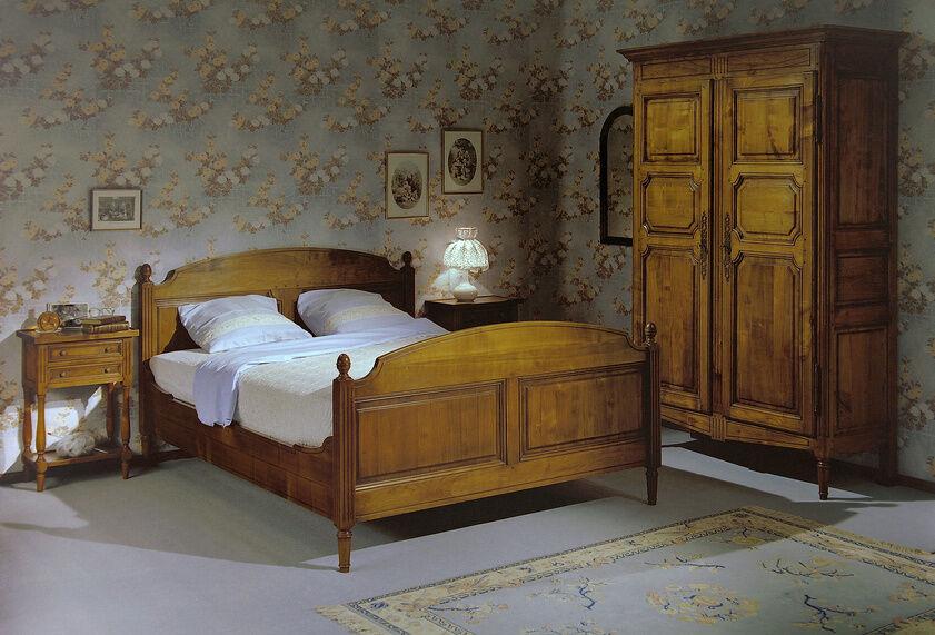 wie lassen sich m bel aus massivholz mit anderen stilen kombinieren ebay. Black Bedroom Furniture Sets. Home Design Ideas
