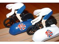 """Scalextric Team GB Cycling Velodrome Track 1:64 Scale Race Set with """"Bikes"""