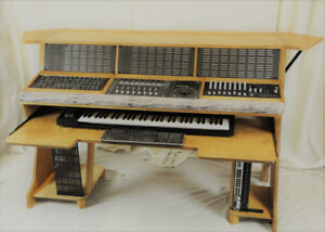 DREAM MUSIC PRODUCTION DESKS FOR HOME/PRO STUDIOS