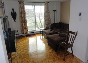 Great 5 1/2 for RENT in PONT-VIAU LAVAL for July 2017