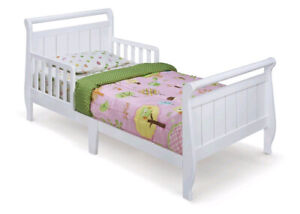 Delta toddler bed White BNIB