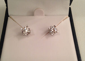 Save $1100 0.65TCW, SI1,G-H,14KWG Canadian Diamond stud earrings