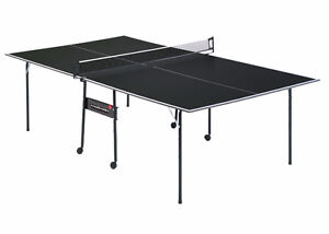 Ping Pong Table Tennis 4 Rackets and a Ball