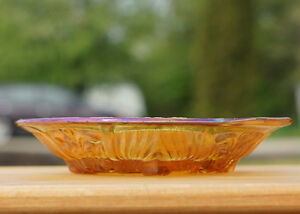 ANTIQUE CARNIVAL GLASS INDIANA KILLARNEY MARIGOLD DIVIDED DISH Kingston Kingston Area image 1
