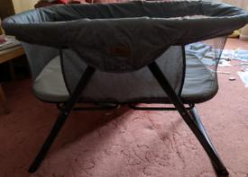 Kangu Crib by Baby Elegance