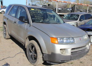 PARTING OUT: 2002 SATURN VUE - BA1700