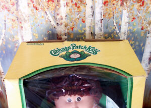 Vintage 1985 Coleco Cabbage Patch Kids Doll 'Jay Neil' NIB Rare Cambridge Kitchener Area image 5