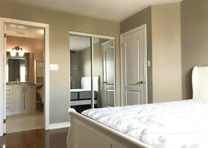 Room for rent close to Yonge and Elgin Mills