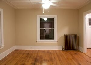 PAINTER: 20 years + experience, reasonable rates,  references West Island Greater Montréal image 6