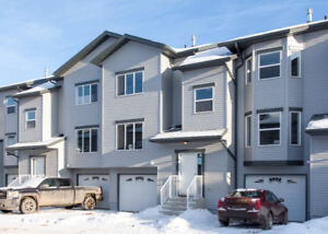 120 Warren Way #33   PRICED TO SELL!!! Brand New Never Lived In.