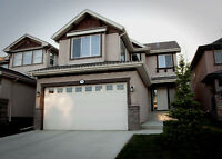 Immaculate 2 storey home with Double Attached Garage!