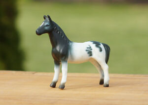 BRASS & PORCELAIN COLLECTIBLE HORSES Kingston Kingston Area image 6