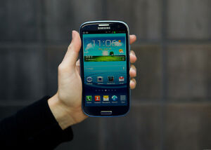 Samsung Galaxy S3 (rogers/fido/chatr compatible)