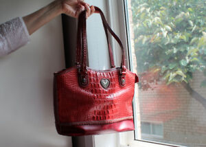 Beautiful Two-Tone Red Ladies Purse