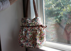 Ladies Large Fabric Butterfly Purse