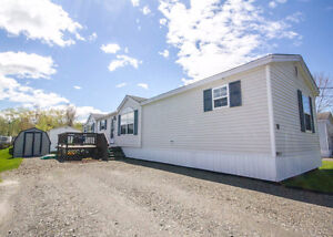 AFFORDABLE HOME LOCATED ON A QUIET STREET!