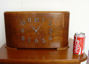 Mid Century/ Deco Mantel Clock, Westminster Chimes