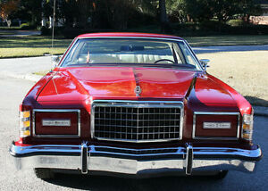 1975 Ford LTD hide-away lights fender skirts Coupe (2 door)