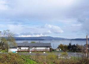 Large Oceanview Building Lot in South Nanaimo!