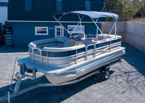 2018 Berkshire 20' CTS Pontoon **SALE PRICING, was $49,995**