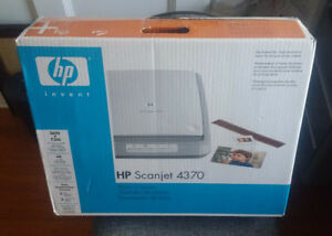BRAND NEW IN BOX - HP SCANJET 4370 SCANNER
