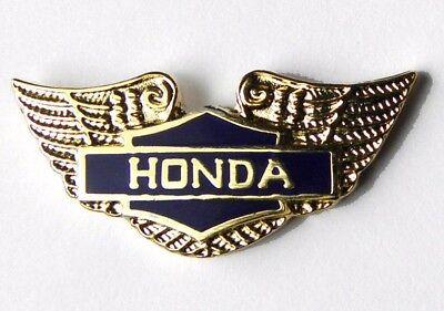 HONDA AUTOMOBILE JAPAN GOLD WINGS GOLDWING EMBLEM LOGO LAPEL PIN BADGE 3/4 INCH