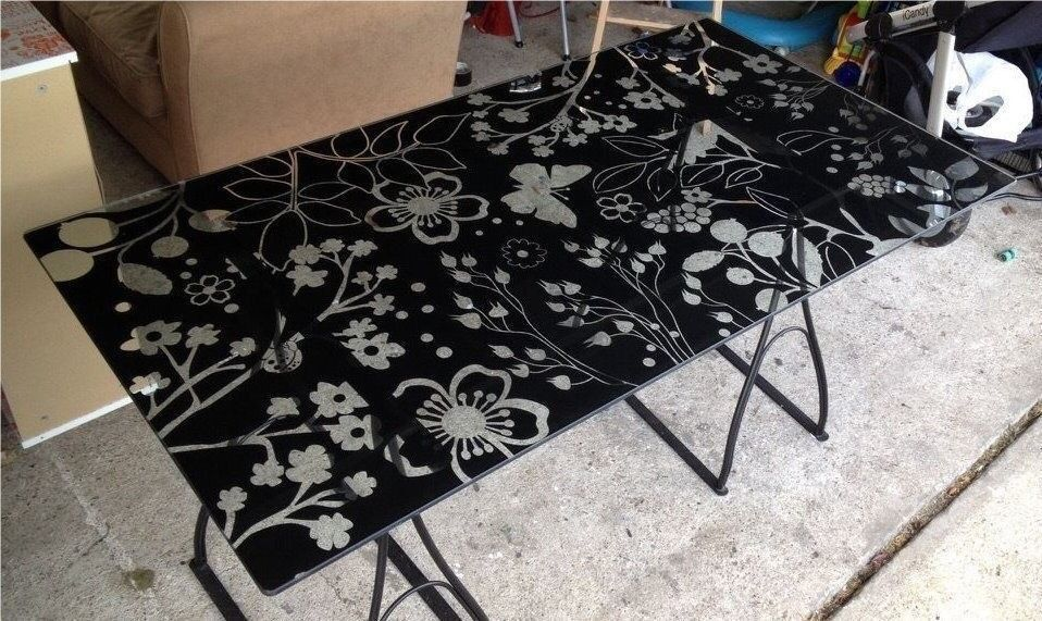 IKEA Desk   Modern Black And Clear Floral Glass Table Top   VIKA GLASHOLM