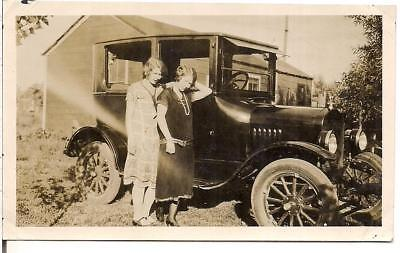 Flapper Era Fashion Pearls Women Standing By Old Antique Car Vintage 1920s Photo