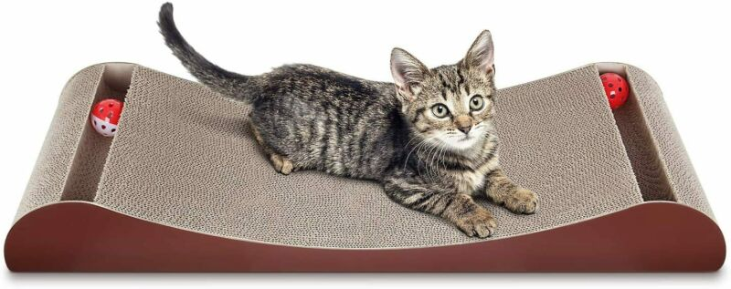 ScratchMe Triangle Cat Scratch Post & Scratching Board Prevents Furniture Damage