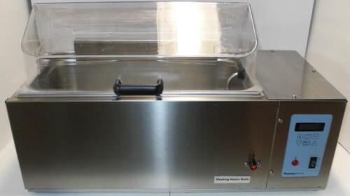 Thermo Forma Digital Shaking Heating Water Bath 8830 with Clear Lid - EXCELLENT