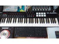 Oxygen 61 midi keyboard
