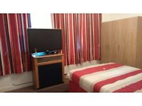 For rent a double room with bath grays