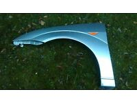 FORD FOCUS MK1 FRONT WING