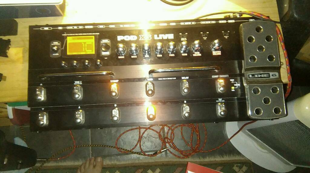 Line 6 x3 live guitar effects processor