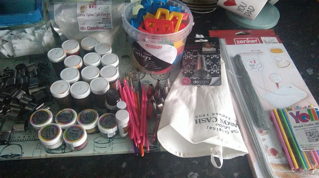 Job Lot Of Cake Decorating Equipment For Sale In Kilmarnock East
