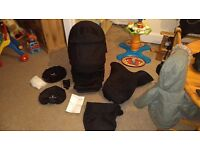 Venicci pram SEAT ONLY with accessories.