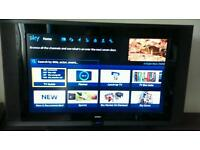 "Goodmans 32""LCD freeview HD"