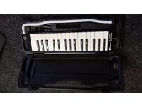 Hohner Melodica Student 32 Black - mint condition