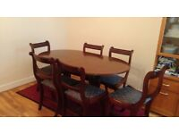 Strong Wood Dining Table with 6 Chairs - Extendable to 8 - Mohagony