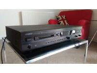 Yamaha MiniDisc recorder (Natural Sound) MDX-595.