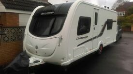 SWIFT CHALLENGER 565 4 BERTH 2012 TOURING CARAVAN WITH FIXED SINGLE BEDS AND MOTOR MOVER