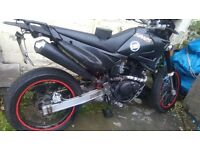 ROAD LEGAL 125CC SINUS TRAILS BIKE, 800miles NO OFFERS!