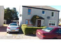 2 Bedroom Semi-Detached House in Cove. Fully furnished