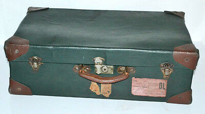 Vintage Green Leatherette Suitcase Luggage Trunk - FREE P&P [PL3053]
