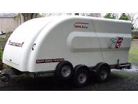 Brian James 'Minno Shuttle' four wheel closed car trailer