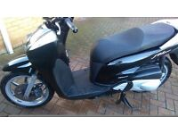 HONDA SH300I, 16000 MILES, BLACK, 57 REG, ABS, NEW TYRES AND MOT